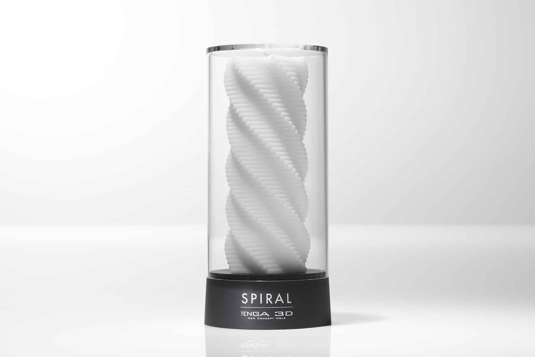 Tenga 3D Spiral masturbator jak minimalistyczne dzieło sztuki | Recenzja